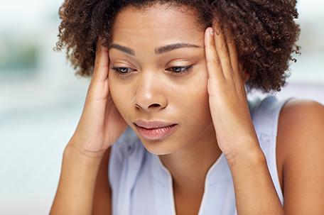 5 Signs you should seek medical treatment for a headache