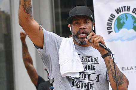 Rasheed Wallace launches grassroots movement, leads nonviolent protests